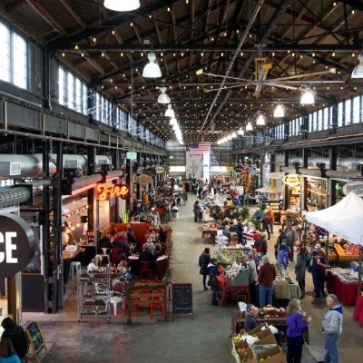 Wenatchee Valley Pybus Market interior