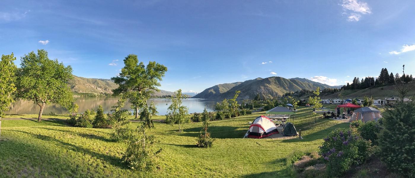 Camping Columbia River